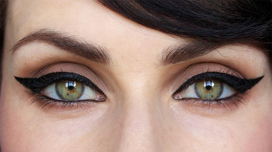 makeup-basics-eyeliner