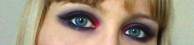 vampy-halloween-makeup