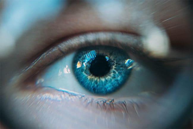 cambiare-colore-occhi